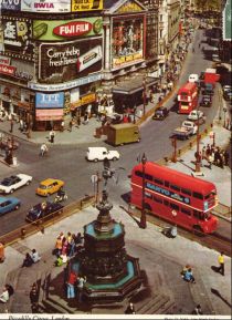 Piccadilly_postcard