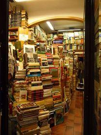 256px-FI_bookstore